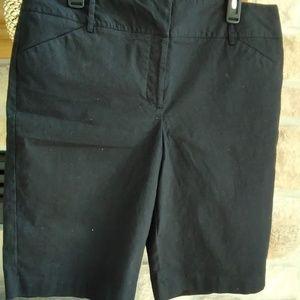 Dana Buchman Black shorts -14